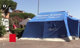 Migranti, la tendopoli nel cuore di Roma: scoppia la polemica