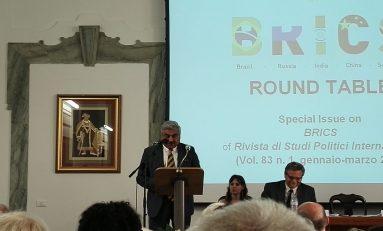 """Ambasciatore India: """"Con Italia buoni rapporti, ma i due marò devono essere processati"""""""