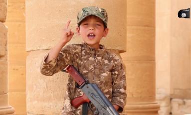 """Isis, amputazioni e organi espiantati: gli affari dei terroristi con i bambini """"inutili"""""""
