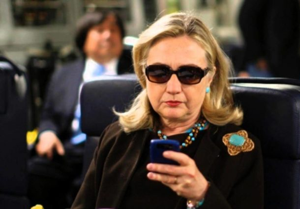 """Elezioni Usa, Hillary in vantaggio e perseguitata da """"emailgate"""""""
