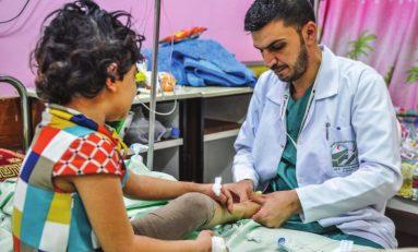 Libia, l'Italia invia medici e parà. Intanto è scontro sulla Mezzaluna petrolifera
