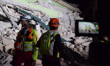 Sisma, un mese dopo: comincia la ricostruzione tra le scosse che continuano