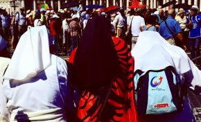 Terrorismo, Madre Teresa: piano sicurezza al top. Ma il rischio sono gli assembramenti