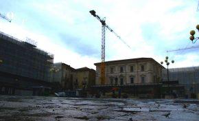 Terremoto, dopo sette anni a L'Aquila si vive ancora nei garage: il reportage di Ofcs