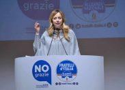 Referendum, Meloni: se vince il 'No' Renzi a casa o scendiamo in piazza