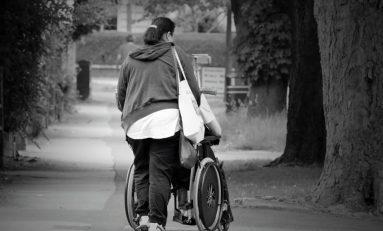 Caregiver: l'esercito degli invisibili. In Italia sono oltre 3 milioni