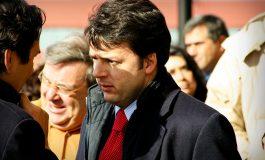 Renzi come la fenice: si dimette convinto di rinascere con le primarie