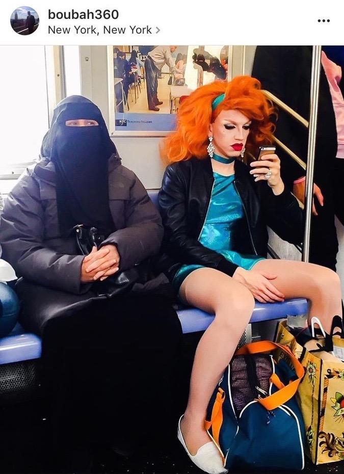 """Niqab e drag queen: ecco l'America dei """"travestiti"""""""