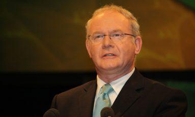 Martin McGuinness, dall'Ira alla pace con la Regina