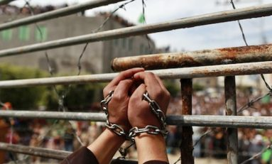 Israele, 1500 detenuti palestinesi in sciopero della fame: Tel Aviv minaccia ritorsioni