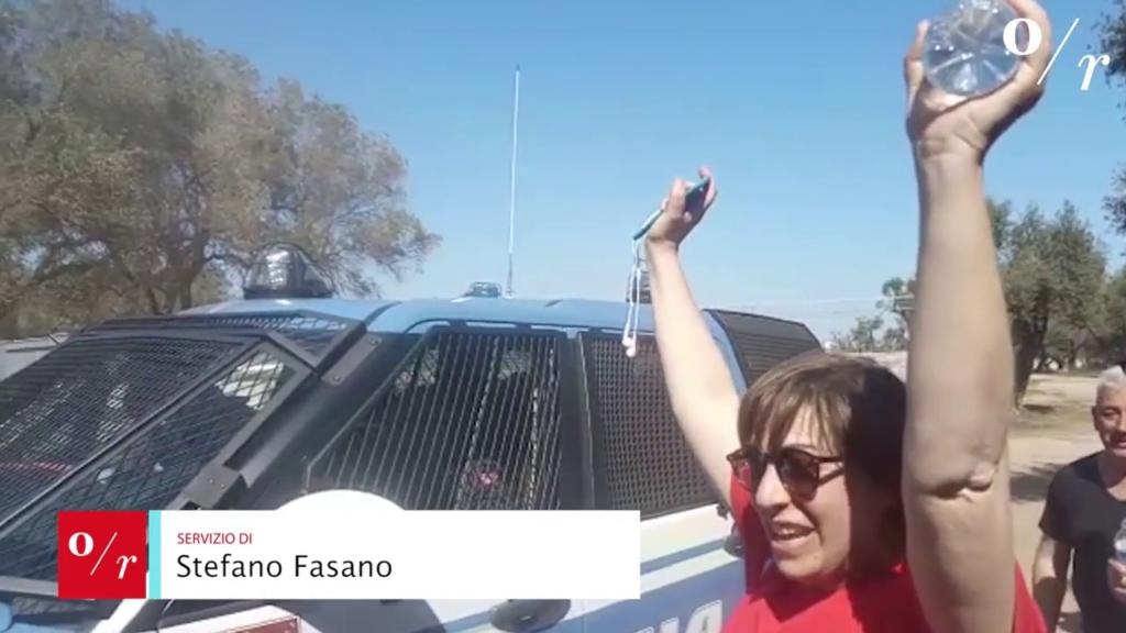 Puglia, Salento in trincea: anche i bambini fermano il gasdotto Tap