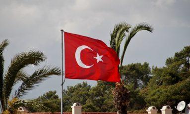 Referendum Turchia, vince il Sì ma il Paese è spaccato