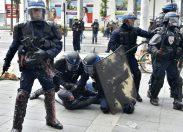 Francia, polizia sotto accusa: i numeri della strage senza responsabili