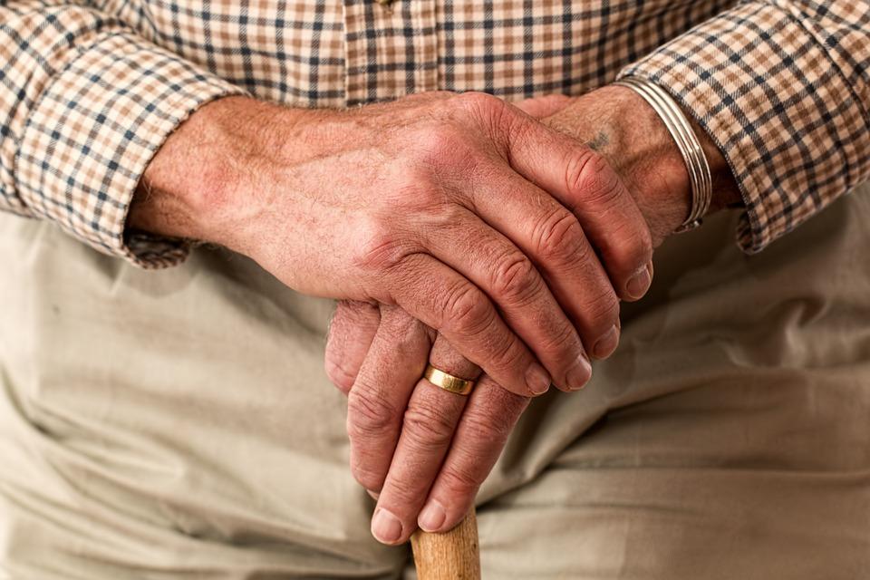 Artrite reumatoide: ecco come si contrasta la malattia