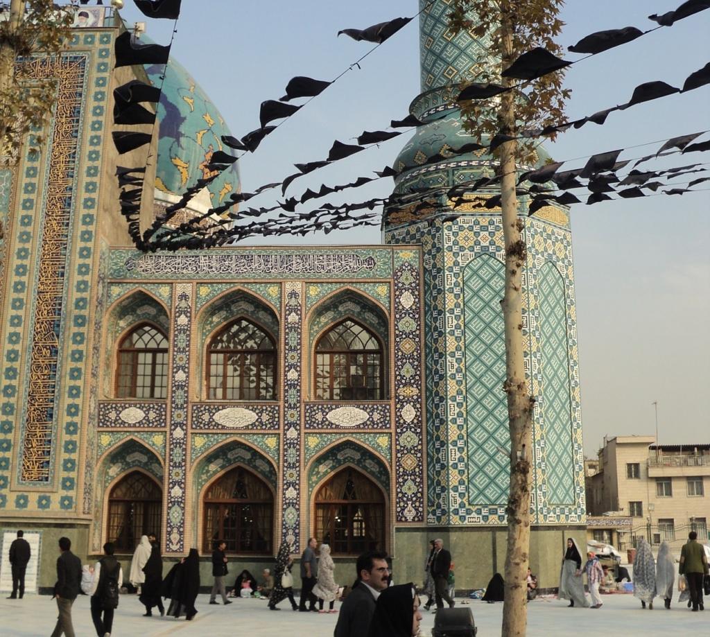 Iran, Rouhani di nuovo presidente della Repubblica Islamica
