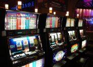 Ludopatia, allarme Eurispes: la febbre da gioco d'azzardo costa 19 miliardi di dollari ogni anno