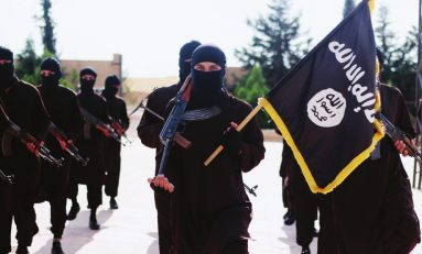 """Terrorismo, i """"lupi"""" dell'Isis attaccano Marsiglia e Edmonton"""