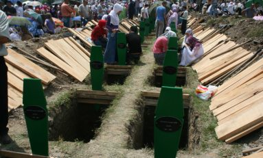 Il 'boia di Srebrenica' condannato all'ergastolo per genocidio