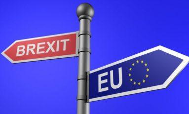 Romanzo Brexit: quel confine d'Europa che rischia di far crollare tutto