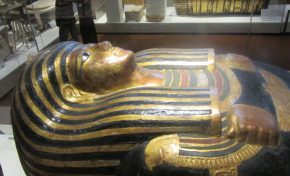 Torino, Museo egizio perde la faccia: polemica su ingressi facilitati agli arabi