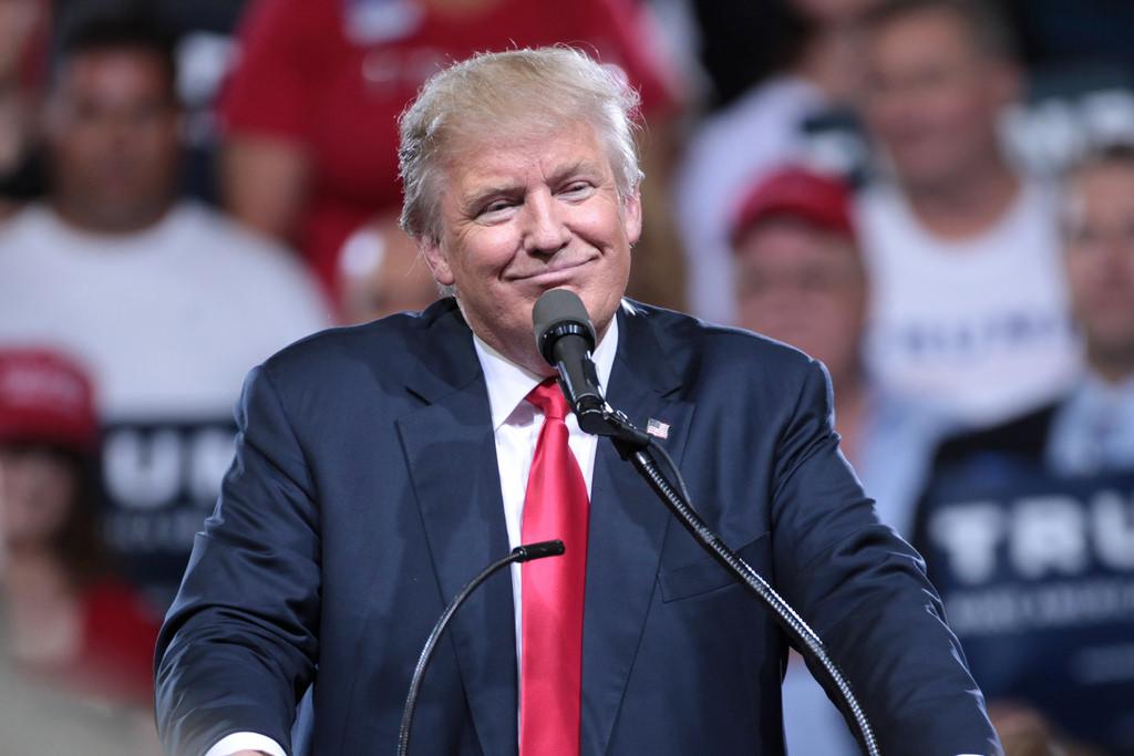 Il 'pulsantone' di Donald Trump che fa volare l'America