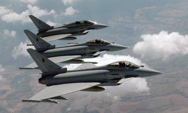 Decollo su allarme per due caccia: aereo egiziano perde contatto radio