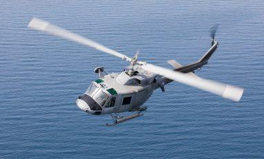 Marina Militare: deceduto uno degli occupanti dell'elicottero caduto in mare