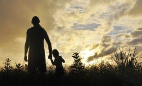 I padri possono trasmettere geneticamente i traumi subiti ai loro figli?