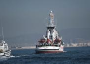 """""""Nessun corpo lasciato in mare"""": il racconto dei giornalisti sulla nave libica"""