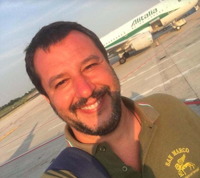 """Salvini """"doppia"""" Di Maio in Tv e Mediaset si """"de-leghizza"""""""