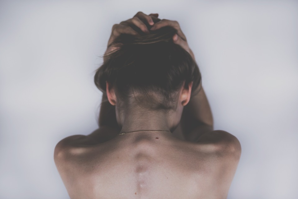 Come l'Eczema influenza gravemente la vita di chi ne é affetto