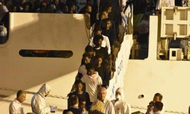 Diciotti, 40 migranti sono scappati facendo perdere le tracce