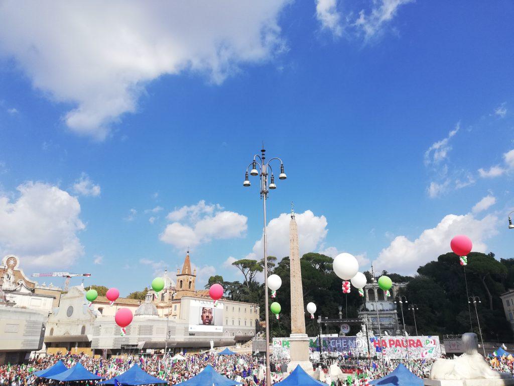 """Il Pd a piazza del Popolo tenta la rinascita: """"Abbiamo capito la lezione"""""""