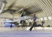 Aeronautica simula minaccia terroristica in volo