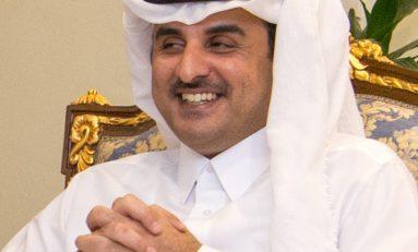 Emiro del Qatar atteso in Italia: scoppia la polemica