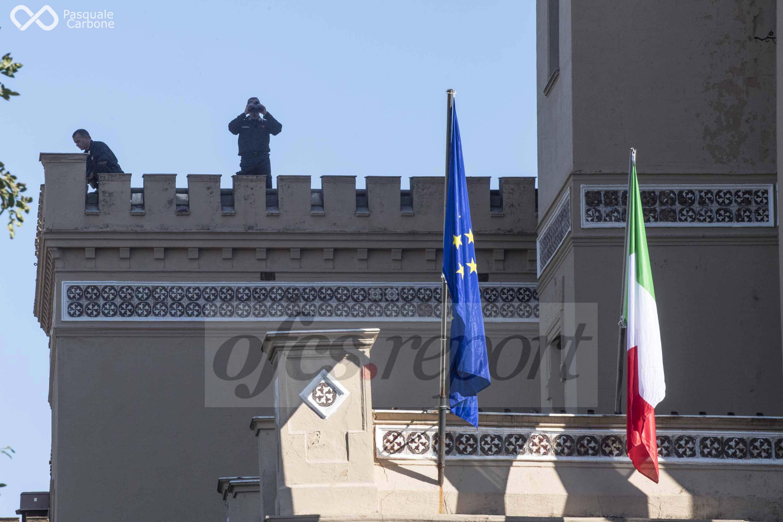 """Conferenza Libia, fonti diplomatiche: """"Haftar in volo per Palermo"""""""