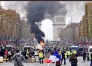 Gilet gialli, in Francia studenti in piazza contro il governo