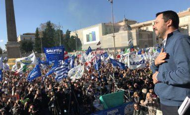 La Lega riempie piazza del Popolo...il Pd lasciò ampi spazi