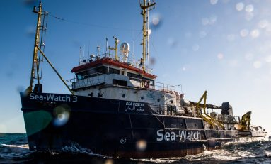 "Sea-Watch nei guai: ""Ha violato la legge"""