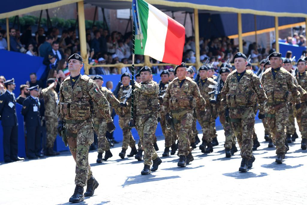 Sindacati militari: il testo del Pdl torna in commissione Difesa
