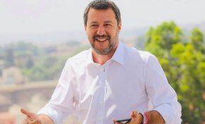 """Matteo Salvini è la """"bestia social"""" del momento"""