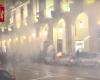 Scontri G7 a Torino: blitz e arresti nei centri sociali