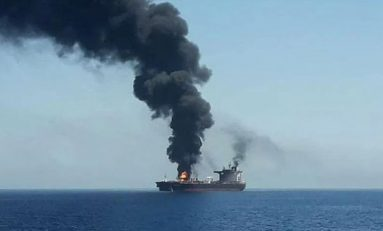 Golfo persico: superpetroliera iraniana colpita da missili