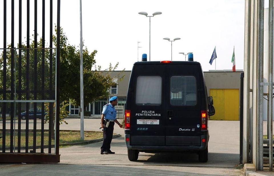Sicurezza: nuova aggressione a un agente di Polizia Penitenziaria