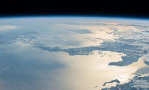 """5G, AI e cavi sottomarini: la geo-politica """"sotto"""" il Mediterraneo"""