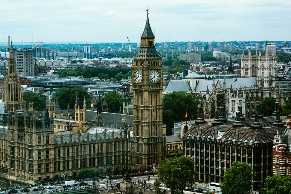 5G: dopo l'Europa anche il Regno Unito si inchina alla Cina