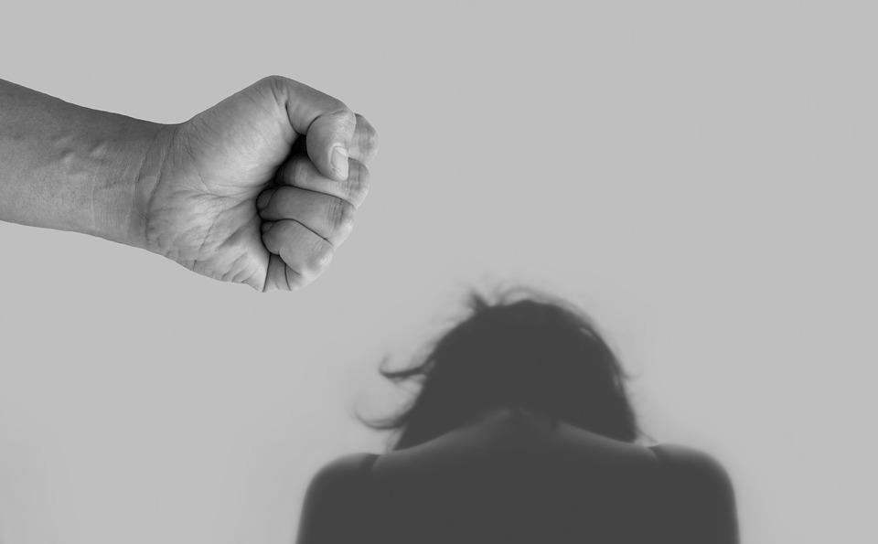 Covid 19: in aumento le violenze in famiglia