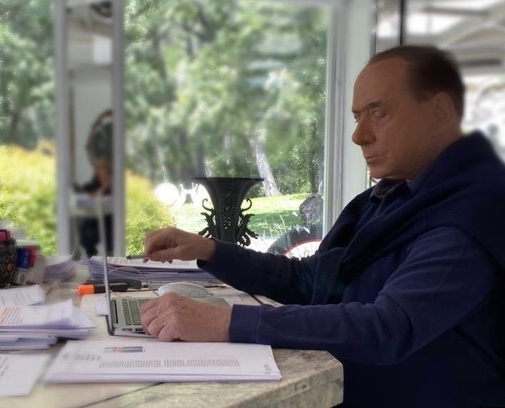 Vicenda Berlusconi: la Procura di Roma indaga…per Perugia