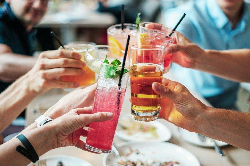 L'alcol fa male…anche alla politica