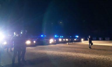 Migranti: a San Ferdinando nuova sassaiola contro la polizia